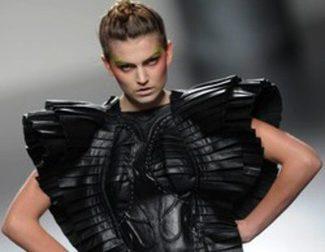Eva Soto y Arnau Bosch, entre los nuevos jóvenes diseñadores que presentan sus colecciones en la Fashion Week