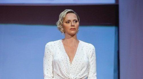 Los vestidos de 'novia' de Charlene de Mónaco y Emily Ratajkowski, entre los mejores looks de la semana