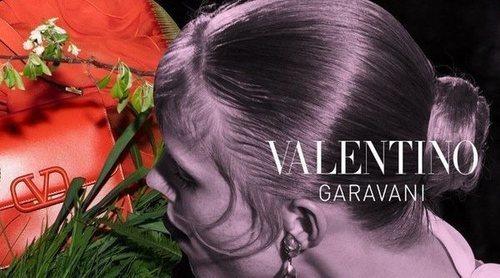 Rianne Van Rompaey y el rojo pasión, protagonistas de la campaña de Valentino otoño/invierno 2019/2020