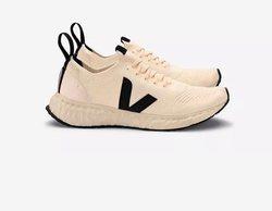 Rick Owens se alía con la firma de calzado Veja en el lanzamiento de una colección cápsula sostenible