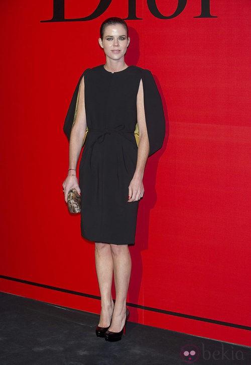Estilismo de Amelia Bono en la cena de gala de Dior