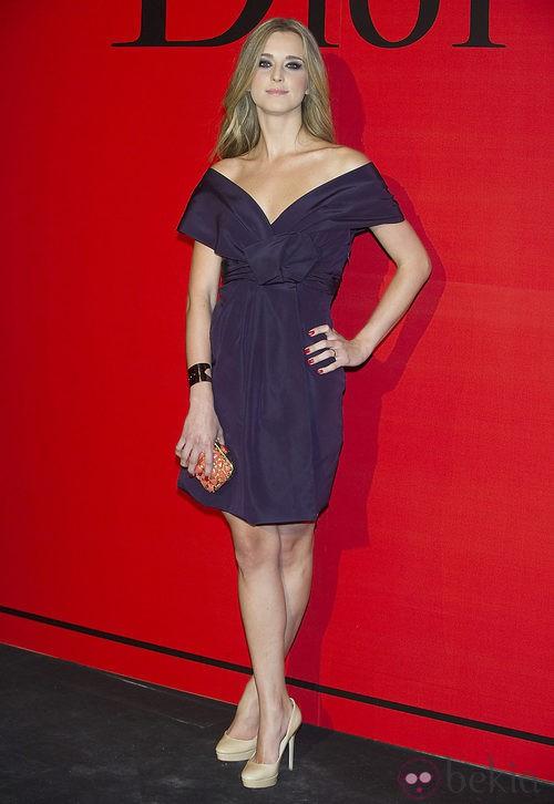 Estilismo de Astrid Klisans en la cena de gala de Dior