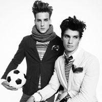 Americanas lisas y jerseys a rallas de Blanco, colección otoño 2011