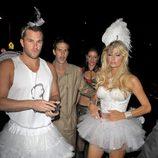 Disfraces sexys para Halloween: Paris Hilton y Doug Reinhardt de vedette en 2009