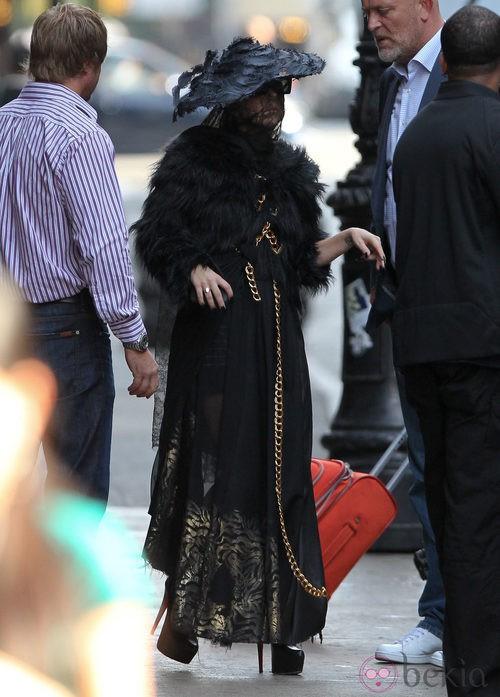 Looks de Lady Gaga: Vestido de viuda negra