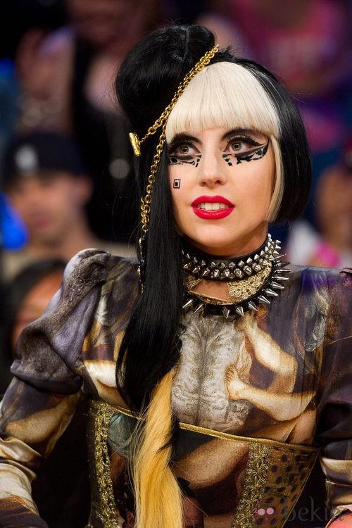 Looks de Lady Gaga: Con corset de Maya Hansen