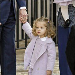 La Infanta Leonor con un conjunto lila