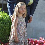 La Infanta Leonor con un vestido muy floreado