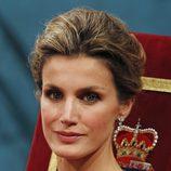 Los pendientes y el maquillaje de doña Letizia en los Premios Príncipe de Asturias 2011