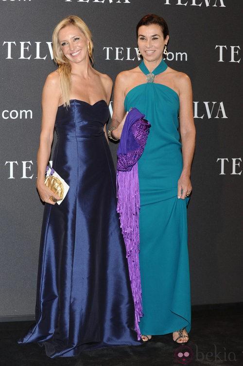 Look de Marta Robles y Carmen Posada en los Premios T de Moda de Telva 2011