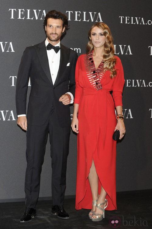 Look de Rafa Medina y Laura Vecino en los Premios T de Moda de Telva 2011