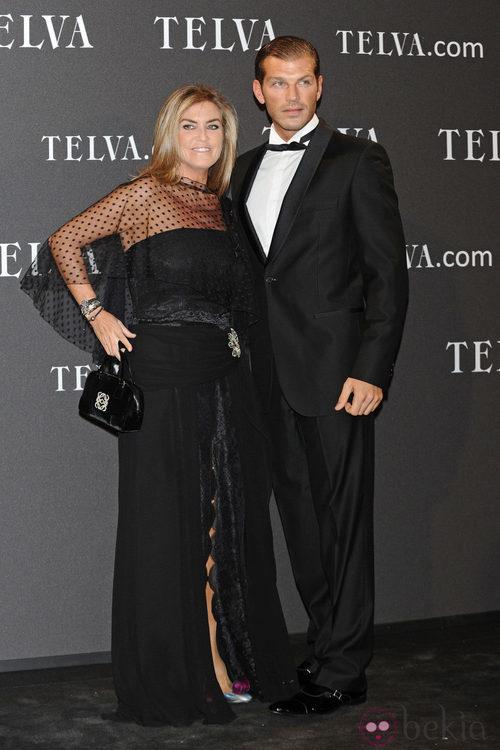 Look de Darek y Susana Uribarri en los Premios T de Moda de Telva 2011