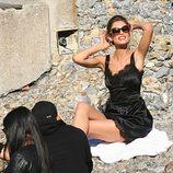 Monica Bellucci durante la grabación del spot Dolce&Gabbana con un conjunto lencero