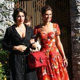 Monica Bellucci durante la grabación del spot Dolce&Gabbana con vestido negro