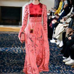 Colección primavera/verano 2017 de Valentino en Paris Fashion Week
