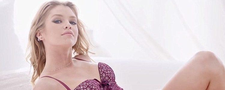 Stella Maxwell en la campaña de la colección 'Dream Angels' de Victoria's Secret