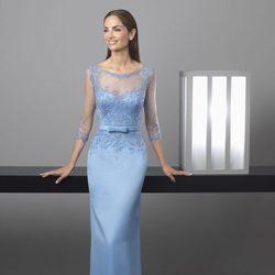 Eugenia Silva con un vestido serenity de Rosa Clará colección 'Cocktail 2017'