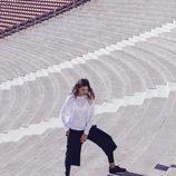 Izabel Goulart con una camiseta blanca de la colección 'Beautiful X Powerful' de Nike