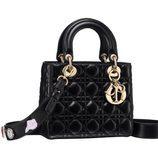 Bolso negro de cuero de la colección Lady 2017 de Dior