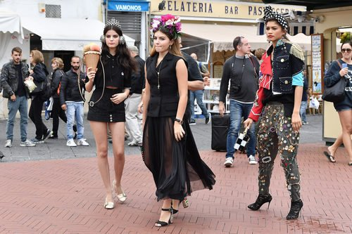 Sonia Ben Ammar, Thylane Blondeau y Zendaya para la primavera/verano 2017 de Dolce & Gabbana