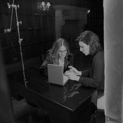 Sarah Jessica Parker diseña la colección de joyas 'The Flawless Diamonds' con Kat Florence