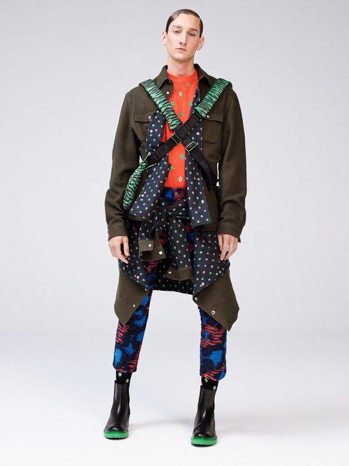 Chaqueta estilo militar de la colección 'Kenzo x H&M'