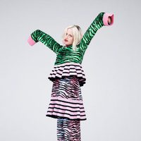 Prendas verdes y rosas animal print de la colección 'Kenzo x H&M'
