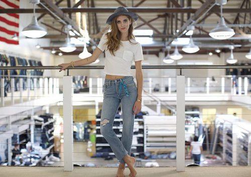 Chiara Ferragni con los nuevos jeans 501 de Levi's