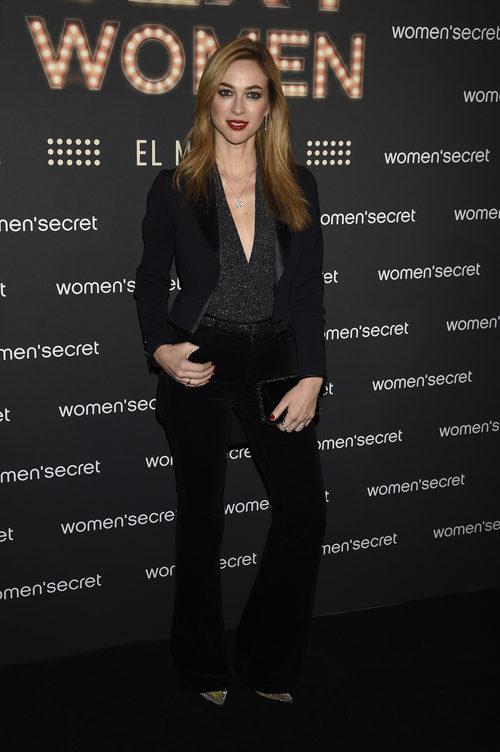 Marta Hazas con un look rocky en el musical 'We are sexy women' de Women'secret