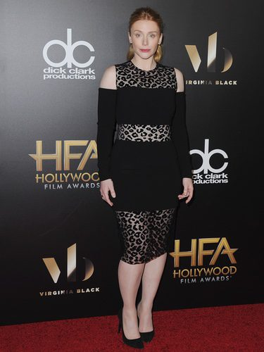 Bryce Dallas con un vestido animal print en la gala Hollywood Film Awards 2016