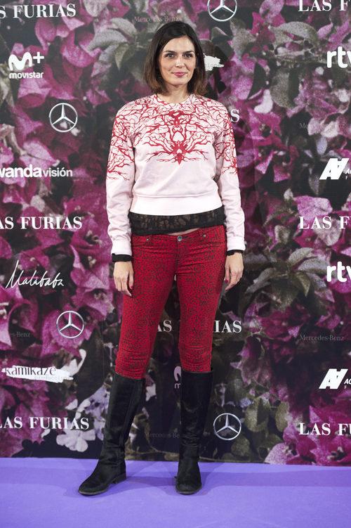 María Reyes con unos pantalones animal print en la premiere de 'Las Furias' en Madrid