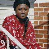 Sudadera roja con estampado blanco de la colección de Adidas con Pharrell Williams