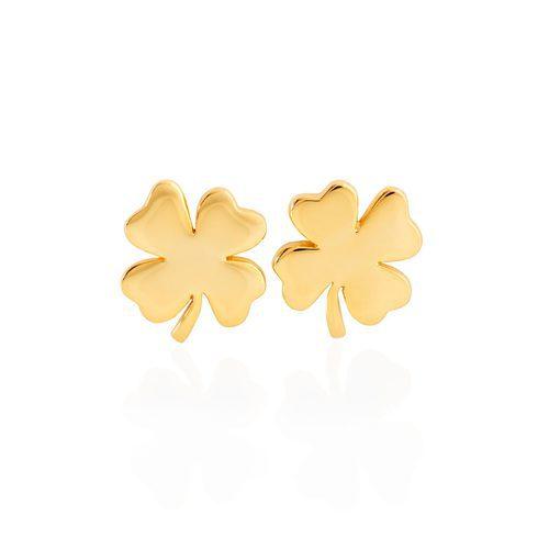 Pendientes dorados en forma de trébol de la colección de Sara Carbonero para Agatha París
