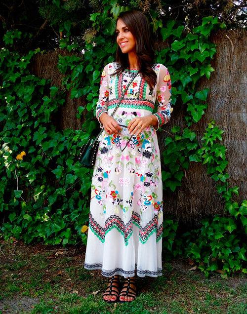 Paula Echevarría con un vestido de la firma MIOH