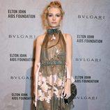Lottie Moss con un vestido transparente en una gala organizada por Elton John Aids Fundation