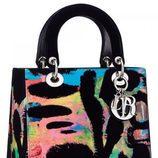 Bolso decorado con varios colores de la colección 'Lady Art' de Dior