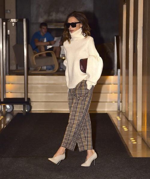 Victoria Beckham con un outfit invernal en Nueva York