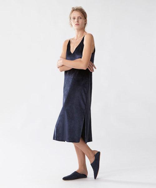 Camisón de terciopelo azul de Oysho para Navidad 2016