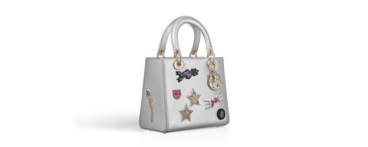 Bolso lady con parches de la selección de accesorios para Navidad 2016 de Dior