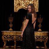 Eva González con un vestido brillante en la presentación de la programación 'TVE: Vive la Navidad'