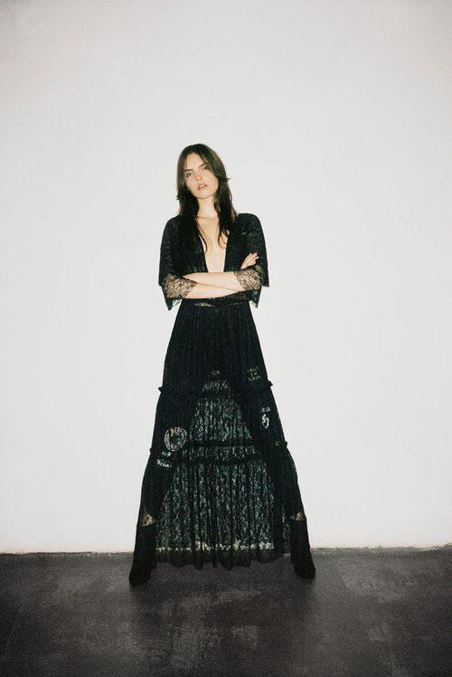 Vestido largo de color negro de Pull&Bear para Navidad 2016