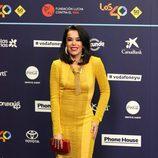 Beatriz Luengo con un vestido amarillo en la gala de los Premios 40 Principales