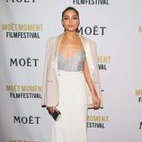Olivia Culpo con un look sencillo en el Moet Moment Film Festival