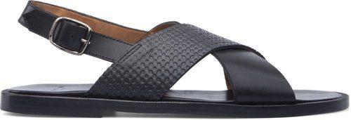 Sandalias negras de la colección masculina de Cartujano primavera/verano 2017