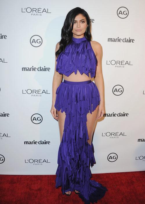 Kylie Jenner con un vestido de Balmain en una fiesta de Marie Claire