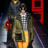 Parka verde de Fendi otoño/invierno 2017/2018 en la Milán Fashion Week