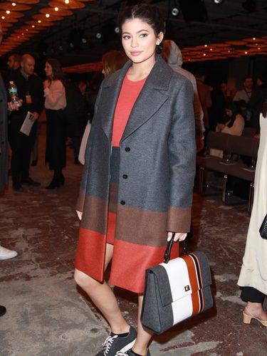 Kylie Jenner con un conjunto de Hugo Boss en la Semana de la Moda de Nueva York de 2016