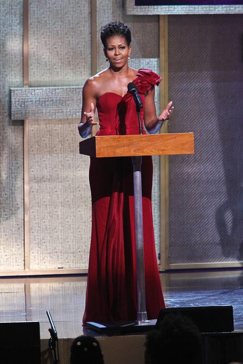 Michelle Obama con un vestido asimétrico en los premios BET honors de 2012