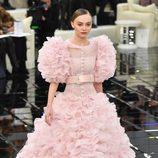 Vestido vaporoso en rosa pastel  Chanel en la Semana de la Alta Costura primavera/verano 2017