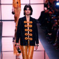 Chaqueta glitter de Giorgio Armani Privé primavera/verano 2017 en la Semana de la Alta Costura de París
